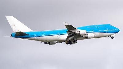 A picture of PHBFV - Boeing 747406(M) - [28460] - © Ricardo de Vries