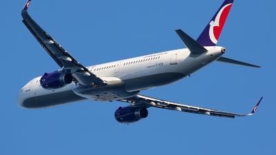 B-MCG - Airbus A321-231 - Air Macau