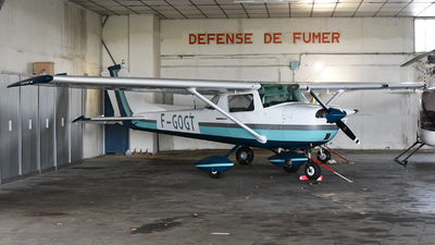 F-GOGT - Cessna 150H - Private