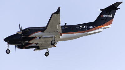 C-FGGE - Beechcraft B300 King Air 350i - Chartright Air