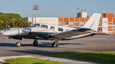 A picture of PRSJF - Piper PA34220T - [3449395] - © Radioactivity