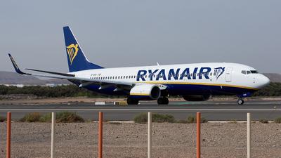 A picture of EIESV - Boeing 7378AS - Ryanair - © Fernando Roca