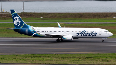 A picture of N237AK - Boeing 737990(ER) - Alaska Airlines - © Nick Sheeder