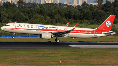 A picture of B30CS - Airbus A321271N - Sichuan Airlines - © Jack Green