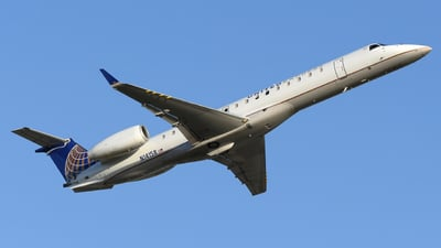 A picture of N14158 - Embraer ERJ145XR - United Airlines - © DJ Reed - OPShots Photo Team