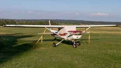 HA-ERF - Cessna 152 II - Private