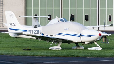 N123HB - Cirrus SR22 - Private