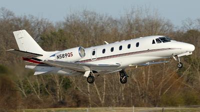 A picture of N589QS - Cessna 560XLS Citation Excel - NetJets - © Carlos Barcelo