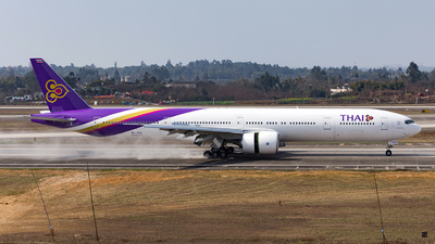 HS-TKU - Boeing 777-3D7ER - Thai Airways International