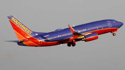 N466WN - Boeing 737-7H4 - Southwest Airlines