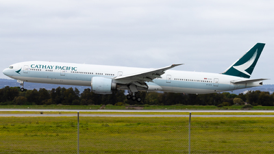 A picture of BKPR - Boeing 777367(ER) - Cathay Pacific - © Eric Esots