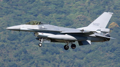 6697 - General Dynamics F-16A Fighting Falcon - Taiwan - Air Force