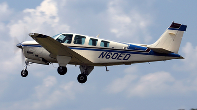 N60ED - Beech A36 - Private