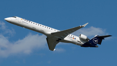 A picture of DACNR - Mitsubishi CRJ900LR - Lufthansa - © Szabó Imre