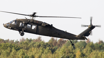 90-26300 - Sikorsky UH-60L Blackhawk - United States - US Army