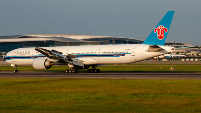 A picture of B2008 - Boeing 77731B(ER) - China Southern Airlines - © Jerry.
