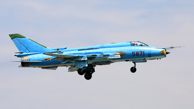 5871 - Sukhoi Su-22M4 Fitter K - Vietnam - Air Force