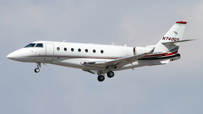 A picture of N740QS - Gulfstream G200 Galaxy - NetJets - © Angel Natal
