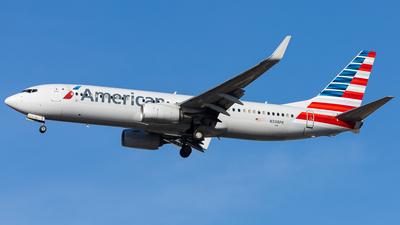 A picture of N338PK - Boeing 737823 - American Airlines - © Martin Pinnau