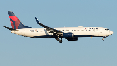 A picture of N904DN - Boeing 737932(ER) - Delta Air Lines - © Yixin Chen