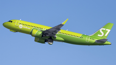 VP-BTB - Airbus A320-271N - S7 Airlines