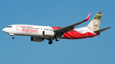 VT-AYB - Boeing 737-8HG - Air India Express