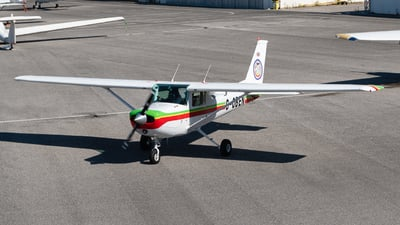 G-OBEN - Cessna 152 - Private