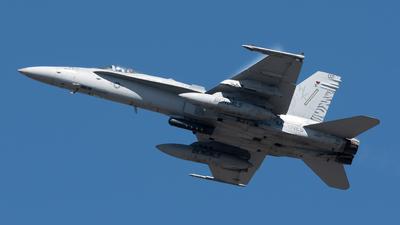 164887 - McDonnell Douglas F/A-18C Hornet - United States - US Marine Corps (USMC)