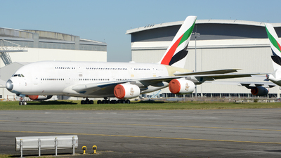 F-WWST - Airbus A380-842 - Emirates