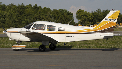 A picture of N51467 - Piper PA28161 - [287816290] - © Andrew Hutnyan