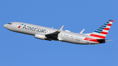 A picture of N948NN - Boeing 737823 - American Airlines - © Len Schwartz