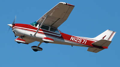 N12571 - Cessna 172M Skyhawk - Private