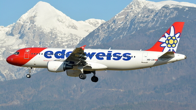 A picture of HBJJK - Airbus A320214 - Edelweiss Air - © Davor