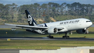 ZK-OKA - Boeing 777-219(ER) - Air New Zealand