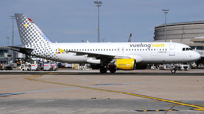 EC-MBY - Airbus A320-214 - Vueling Airlines