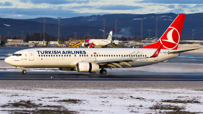 A picture of TCJVZ - Boeing 7378F2 - Turkish Airlines - © Yigit Cicekci