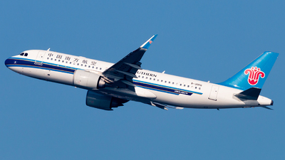 B-30DG - Airbus A320-251N - China Southern Airlines