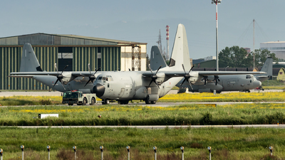 MM62183 - Lockheed Martin KC-130J Hercules - Italy - Air Force