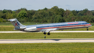 A picture of N9677W - McDonnell Douglas MD83 - [53627] - © Ani Thyagarajan