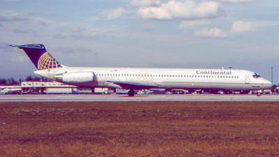 N15820 - McDonnell Douglas MD-82 - Continental Airlines