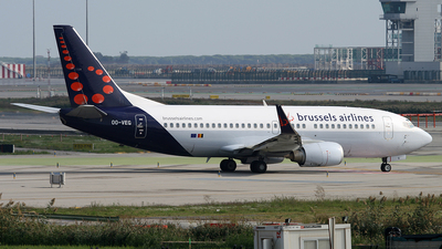 OO-VEG - Boeing 737-36N - Brussels Airlines