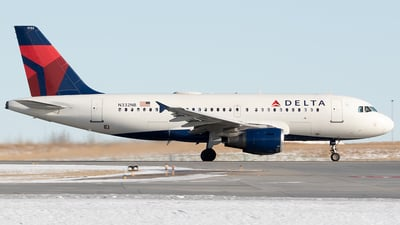 A picture of N332NB - Airbus A319114 - Delta Air Lines - © Paul Nitychoruk
