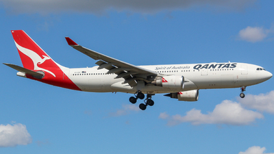 A picture of VHEBC - Airbus A330202 - Qantas - © Rory Woodhouse