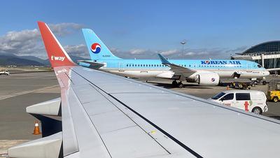 HL8067 - Boeing 737-8Q8 - T'Way Air