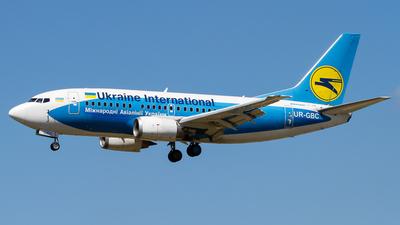 UR-GBC - Boeing 737-5L9 - Ukraine International Airlines