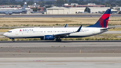 A picture of N904DN - Boeing 737932(ER) - Delta Air Lines - © David Lee
