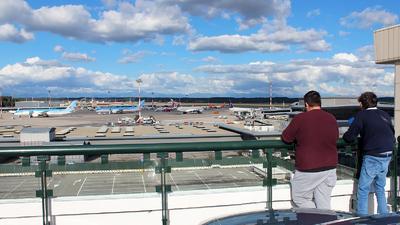 LIMC - Airport - Spotting Location