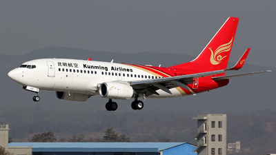 B-1229 - Boeing 737-7LY - Kunming Airlines