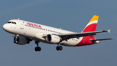 EC-IZH - Airbus A320-214 - Iberia