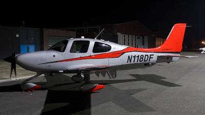 A picture of N118DF - Cirrus SR22T - [0811] - © Kas van Zonneveld